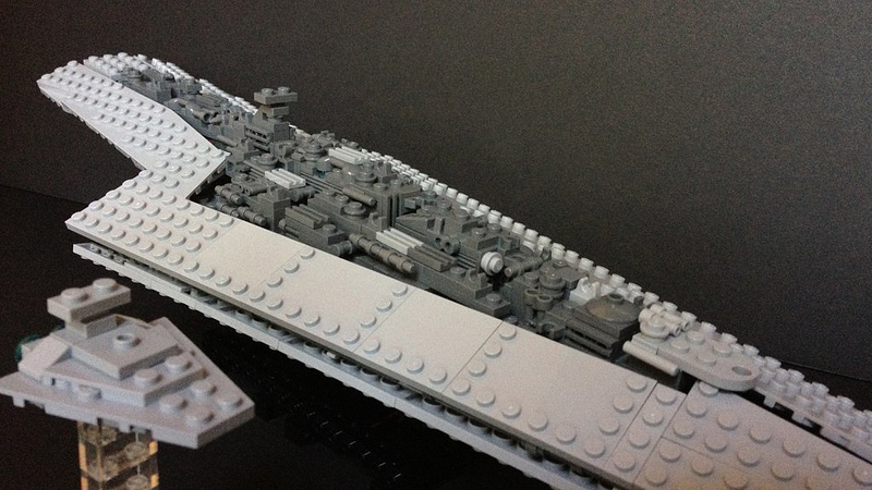 Midi-scale Super Star Destroyer Executor, by Pellaeon.jpg