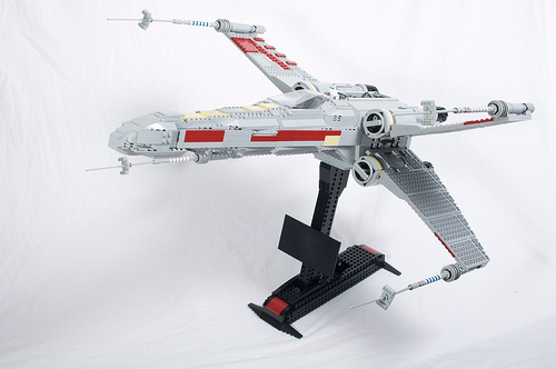 UCS X-wing, by PoweredbyNorth.jpg