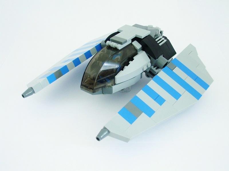 Mandalorian Starfighter, by Bricktooth.jpg