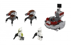 75000_CloneTroopers_vs_Droidekas