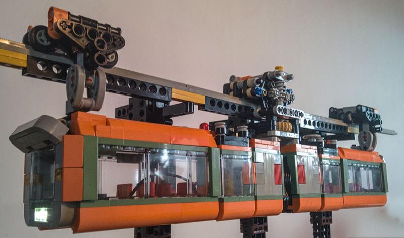MOC] Suspended monorail train - LEGO Train Tech - Eurobricks
