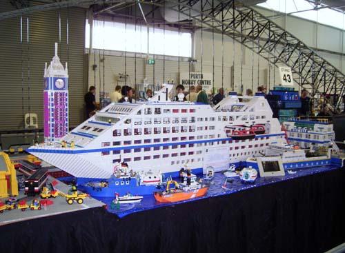Lego Seabourn FantaSea Cruise Ship LEGO Town Eurobricks Forums - Biggest lego ship
