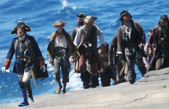 pirates-of-the-caribbean-on-stranger-tides-blue-coat02.jpg