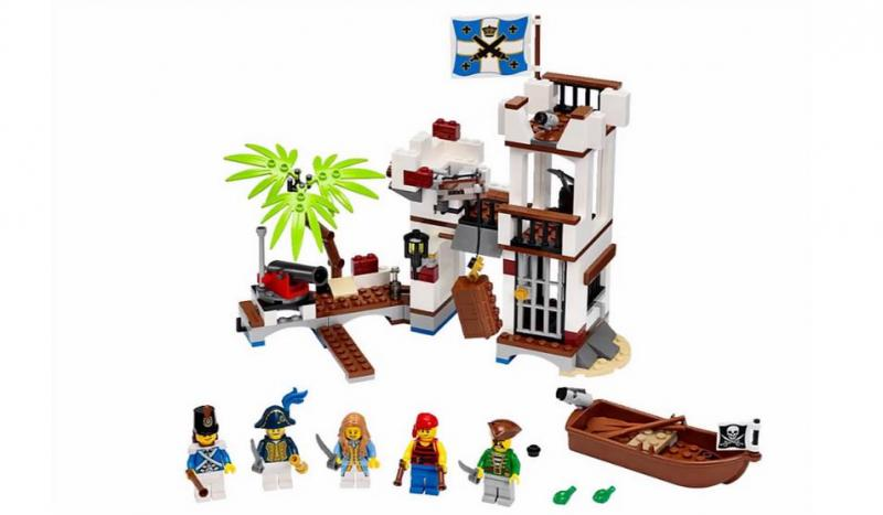 LEGO-Pirates-Soldiers-Fort-70412-1.jpg