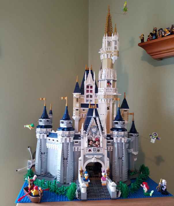 Lego Disney Castle sm.jpg