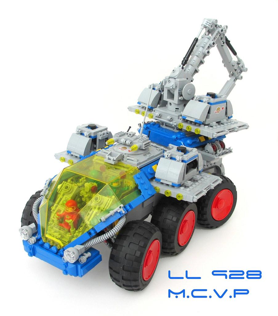 32266949840_3ca468dc89_b.jpg
