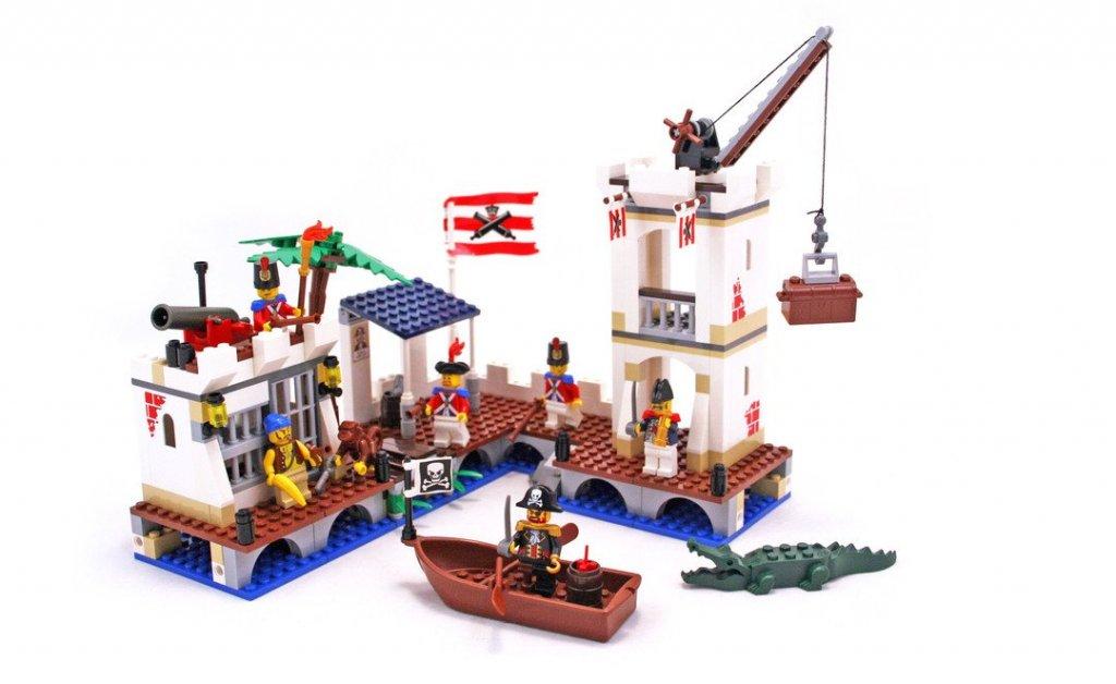 LEGO 6242 - Soldier's Fort.JPG