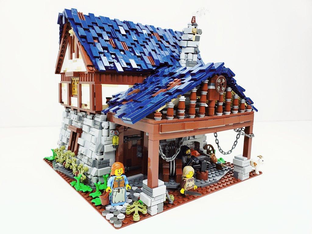 2019-07-08 - [MOC] Medieval Blacksmith Shop.jpg