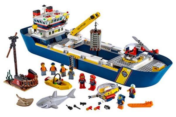 lego-city-60266-0004.jpg